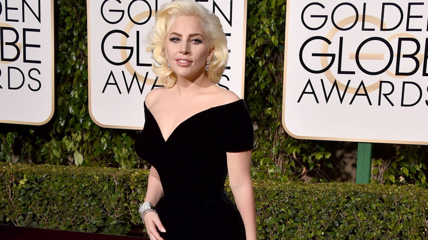 Was Leonardo DiCaprio Scoffing and LOL'ing at Gaga's Golden Globes Win?